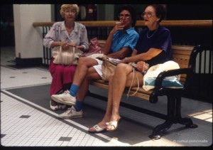 ss-110406-mall-scenes-3smokers.ss_full-550x388