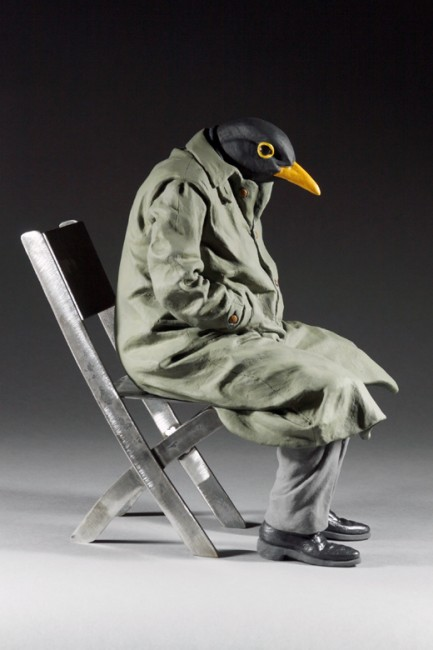 Alessandro_Gallo_Merlo_Black_Bird_Scultura_Ceramica_profilo